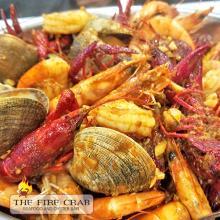 Live Crawfish Peeled Shrimp Clams Cajun Seafood Combo Orange County OC Fire Crab